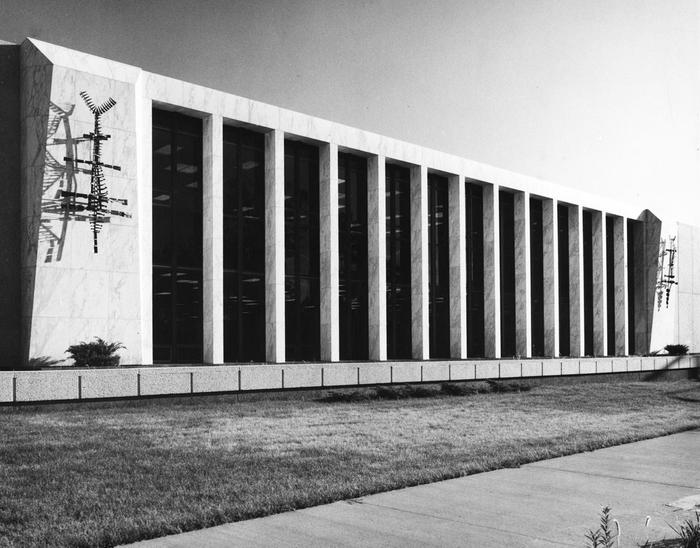 black and white photo of Columbia Public Library, 1972